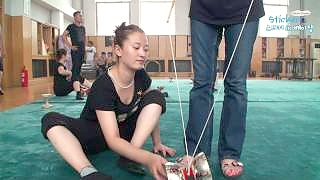 Video : China : China National Acrobatic School