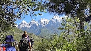 The amazing Tiger Leaping Gorge 虎跳峡 hike, YunNan province