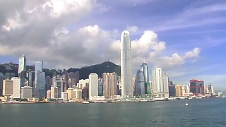 Sailing into Hong Kong 香港