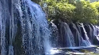 The wonderful waterfalls of JiuZhaiGou 九寨沟