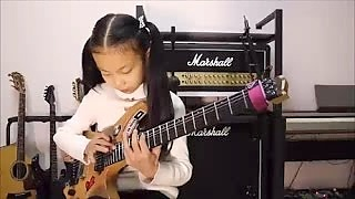 PinXi Liu 六 品析, age 8, amazing rock guitarist