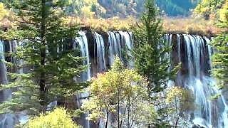 Video : China : Beautiful JiuZhaiGou 九寨沟 Valley, SiChuan