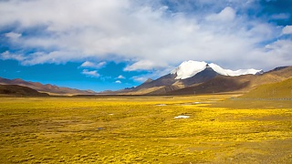The beautiful landscapes of the Tibetan Plateau, China