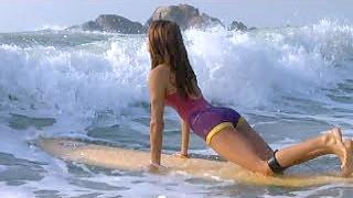 Surfing, HaiNan 海南 island, south China