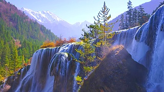 Video : China : JiuZhaiGou 九寨沟 : Autumn into Winter (Ultra HD / 4K)