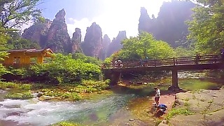 A trip to beautiful ZhangJiaJie 张家界