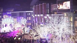 Seasonal lights and New Year countdown in BeiJing 北京