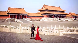 Forbidden City 紫禁城 photo shoot. Beautiful pre-wedding pictures at the Palace Museum in BeiJing ...