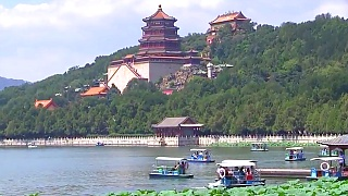 The beautiful Summer Palace 頤和園 in BeiJing.