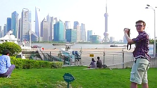 Cycling through ShangHai 上海