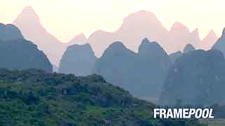 Video : China : Scenes from the Li River 漓江, between YangShuo and GuiLin, GuangXi province