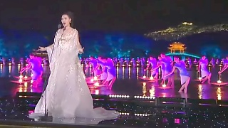 Beautiful HangZhou 杭州 evening gala ...