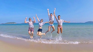 Video : China : Fun trip to HaiNan 海南 and YunNan 云南 provinces