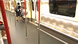 Video : China : Hong Kong 香港 to ShenZhen 深圳 by rail